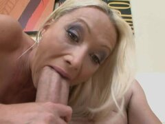 Sue Diamond gets a perfect penis, huge fat and wider in her tight cunt
