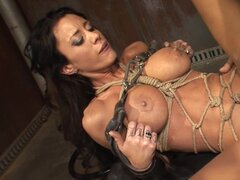 Sexy bondage lover in hardcore action