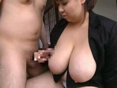 Japanese BBW Yuki Manaka loves carving and getting pinned