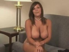 Katie Renae undresses at the interview