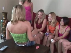 Amateur teens do crazy & funny things