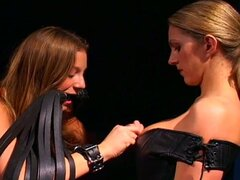 Extreme hardcore sex-the hot lesbian action and fingering the pussy
