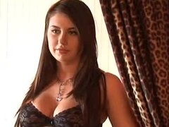Brown-haired hottie Amanda Adams strips and shows her natural beauty