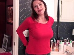 Soccer mom with hairy pussy masturbates in pantyhose