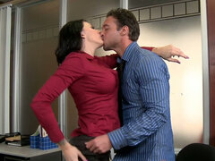 Curvy brunette secretary Juelz Ventura blows her chief's huge cock