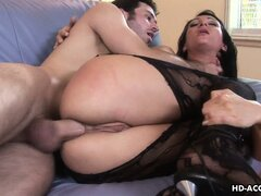 Victoria Sinn uses thick cock to make legs shake before screaming in pleasure