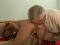 Friend of father fucks the daughter in fre movie