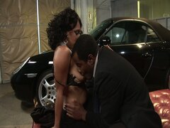 Hot afro couple fucking in a garage