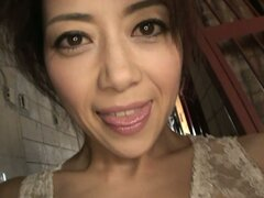 Japanese milf Hojo Maki looking hot and sexy in her lingerie