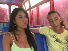 Dude Sees A Lost Hottie & Takes Her For A Tour