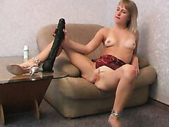 Tall and flexible chick Nina spends time while pleasing her pussy