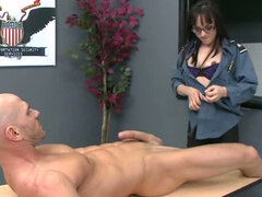 Police agent Cytherea gets nasty at workplace
