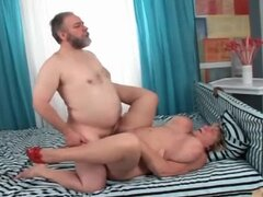 Older couple enjoy fucking hardcore