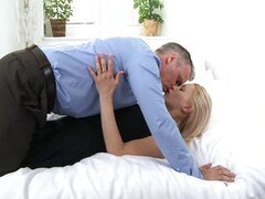 MILF gets a good fucking