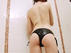 SoloInterviews Hot brunette babe Samantha Bentley solo shower strip tease