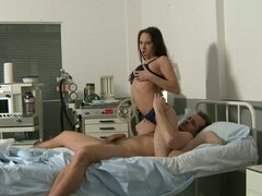 Ardent brunette nurse climbs on kinky patient for a cowgirl ride