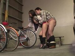 Hot Japanese girl gets fucked hard from behind and jizzed on