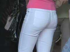 Tight ass with no underpants girlfriend voyeur video