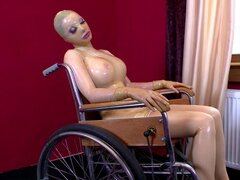 Latex Lucy being banged in her pussy by fucking machine