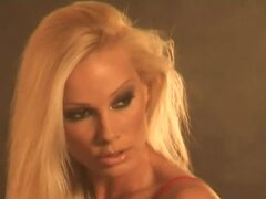 Smoking hot blondie Sandy will be a dream girl for you