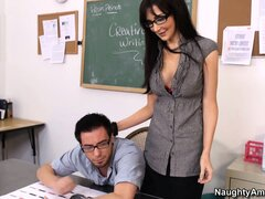 Attractive milf teacher Diana Prince gives the student a lesson in human pleasure