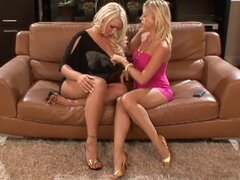 Blondes are playing with their accurate pussies