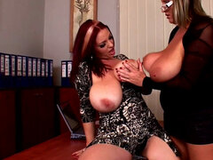 Joanna Bliss pokes shaved puss of Laura M
