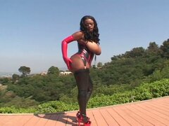 Ebony bitch is anal diva in latex