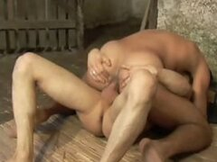 Two gay guys that love riding bareback do so with one another until they jizz