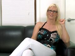 Kaylee Brookshire is a mature woman who has sex with more then thousand guys. She wants to share some of her secrets of her private life and she does it to our cameraman.