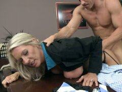 Emma Starr pussy slapped by the hard dick on desk
