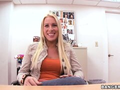 Blonde Jaime Applegate gets naked to try out a new vibrating toy