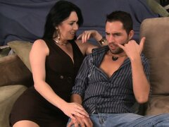 Sultry Rayveness chats him up...