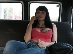 Aletta debuts in the van of love/Aletta Ocean
