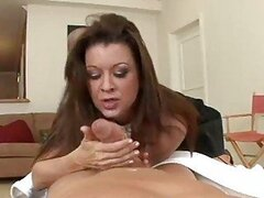 Mature Housewife Gets Filled