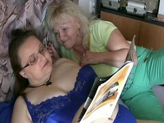 No sound: Mature granny sex