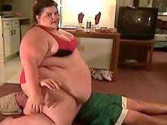 ssbbw jumps on dude