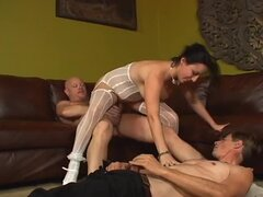 Bride Makes a Cuckold out of Her Groom on the Wedding Day