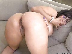 Sexy assed babe Isis Love gets her butt jizzed after an awesome fuck