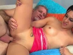 Old fart Jay Crew penetrates young pussy of Nikki Chase