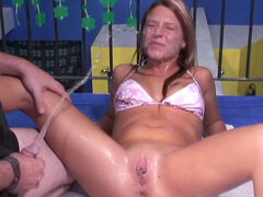 Spicy amateur is getting piss in her face