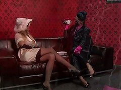 Eurobabe Divas Nessa Devil And Klarisa Get Horny With The Magic Wand