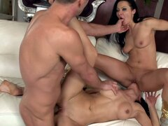 Sandra & honey's wild threeway