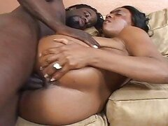 Horny black bitch squirts like a fountain