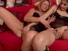 Two matures that get off on lesbian sex