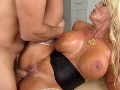 Horny blonde in amazing hardcore