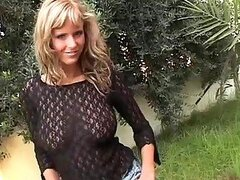 Turned On Euro MILF Zuzana Drabinova Playing Solo Outdoors