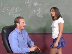 Skillful brunette Mischa Brooks wuth small tits is sucking his rod indoors