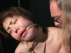 Kinky bondage with sweet Japanese girl