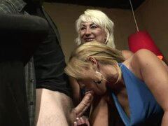 Smoking hot blondie gets a cock sucking lesson by her mom